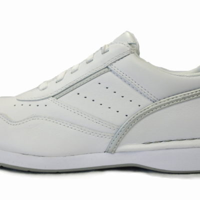 Rockport Shoe / Color: White Griffin
